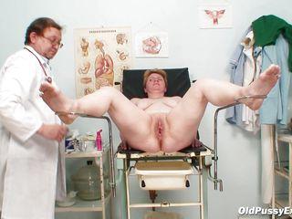 порно подглядывание у врача