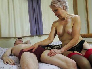 секс со спящей женой видео
