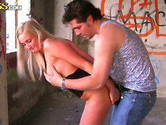смотреть порно секс блондинок видео