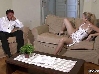 Частное порно видео зрелых женщин