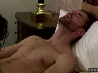 Как снимают гей порно